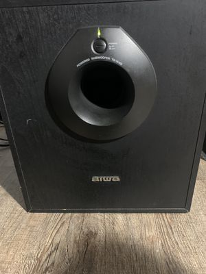 Home theatre subwoofer for Sale in Philadelphia, PA