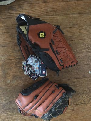 2 Brand New never used Baseball Gloves for Sale in Washington, DC