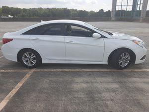 2014 Hyundai sonata for Sale in Glenarden, MD