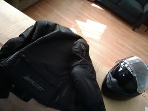 Size L) Joe rocket motorcycle jacket with a motorcycle helmet ( size L) for Sale in North Providence, RI