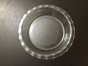 """Pyrex 9.5"""" Glass Pie Pan for Sale in Columbus, OH"""