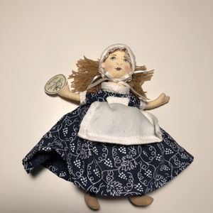 Colonial Williamsburg Sarah Doll for Sale in Chevy Chase, MD