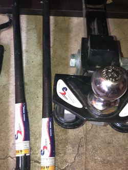Trailer Hitch And Sway Bars for Sale in Lake Oswego,  OR