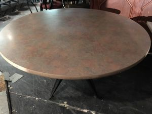 Large round table for Sale in Grand Rapids, MI