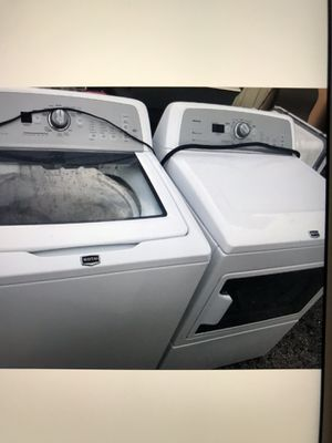 Washer and dryer Maytag large capacity for Sale in West Palm Beach, FL