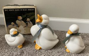 VINTAGE SET OF 3PC WHITE DUCK WITH BLUE RIBBON HOME DECOR ACCENT for Sale in Chapel Hill, NC
