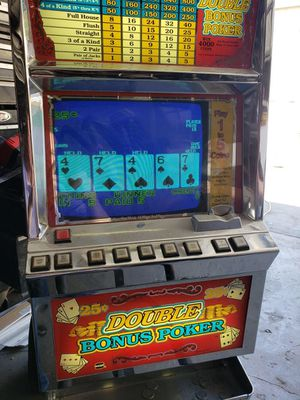 Video poker 25cent slot machine works great for Sale in Gardena, CA