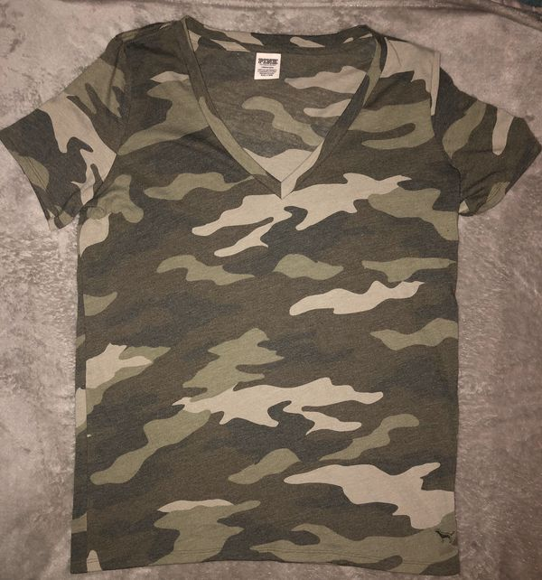victorias secret pink everyday camo T-shirt size Large New