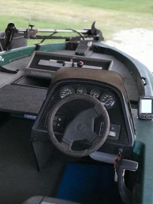 Bass boat with power pole for Sale in Wauchula, FL