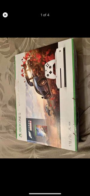 Xbox one S 1TB new for Sale in Naples, FL
