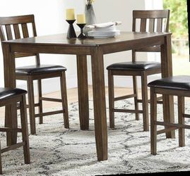 5 pcs dining set for Sale in La Verne,  CA