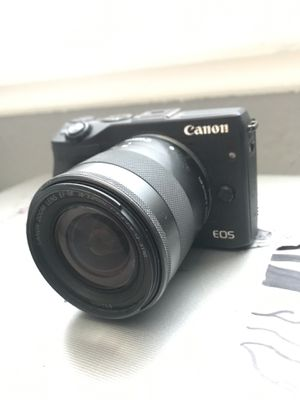 Canon EOS m3 mirrorless camera for Sale in Montclair, CA