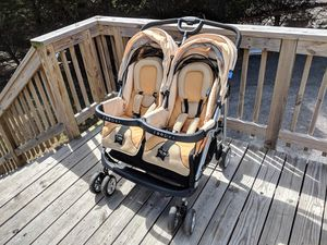 Tango Zooper Double Baby Stroller for Sale in Riverdale, MD