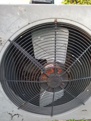 4 ton rheem AC condensing unit works great for Sale in Dania Beach, FL