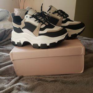 Women's Platform Sneakers-sz39(8us) Brand New for Sale in Bridgeport, CT