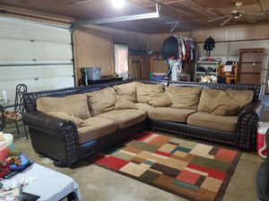 Large 3 piece sectional couch for Sale in Julian, NC