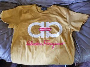 Ferragamo Tshirt (M) for Sale in Washington, DC