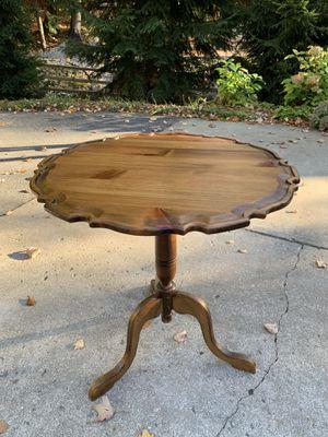 Pie Crust Table for Sale in Kewadin, MI