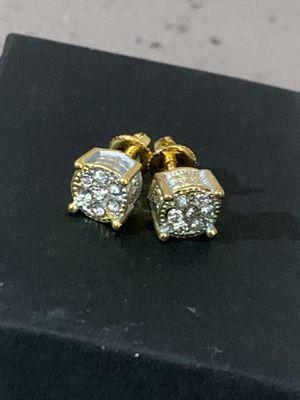 14k gold diamond earings for Sale in Tampa, FL