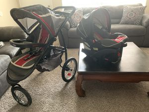 GRACO STROLLER AND CAR SEAT WITH BASE for Sale in Houston, TX