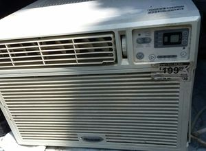 12000 BTU window air conditioner, ccl4 KC it works great for Sale in Saint Paul, MN