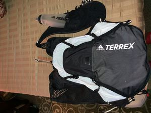Training backpack with water bottle for Sale in Greensboro, NC