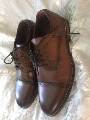 Boys Stacy Adams dress shoes sz 4 for Sale in Salinas, CA