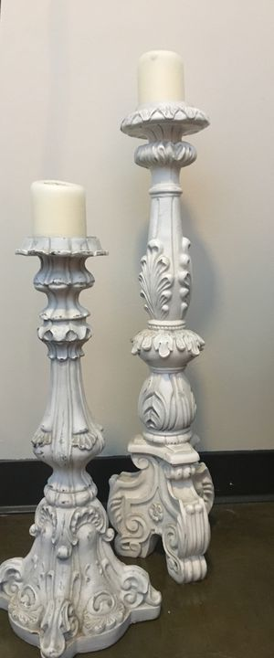 White Wooden Candle Holders (set of 2) for Sale in Nashville, TN