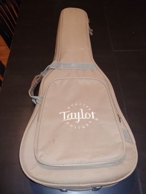 TaylorBaby Guitar Gig BagTan for Sale in Peoria, AZ