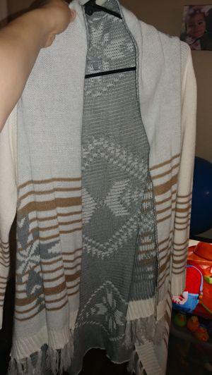 Charlotte russe cardigans for Sale in Tolleson, AZ