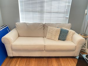 NEW PULL OUT COUCH for Sale in Miromar Lakes, FL