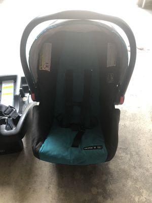 Graco car seat for Sale in Pueblo, CO