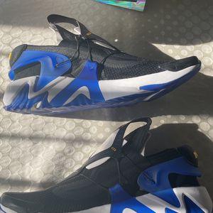 Nike Adapt Huarache for Sale in Clifton, NJ