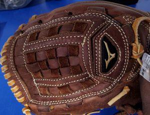 Mizuno GMVP Leather baseball glove for Sale in Bridgeport, CT