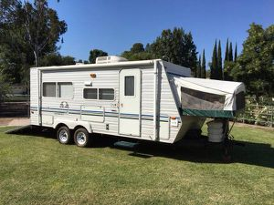 18' Toy hauler Coyote Sportster for Sale in La Mirada, CA