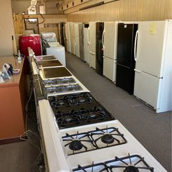 Nice Clean Used Appliances In Elyria Ohio Open To The Public 10am 5 Pm Monday To Friday for Sale in Elyria,  OH