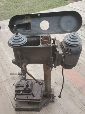 1940s craftsman drill press. Works for Sale in Conneaut, OH