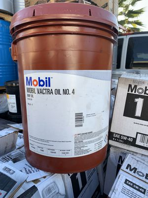 Mobil vactra oil No.4(way oil) for Sale in San Dimas, CA