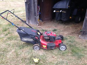 Craftsman Gold self propelled lawn mower for Sale in Uxbridge, MA