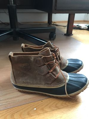 Size 7 SOREL Women's N About Leather Rain Snow Boot for Sale in Chicago, IL