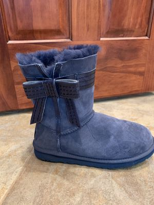 Ugg Boots size 9 for Sale in Lexington, IL