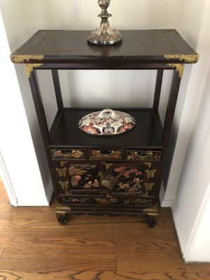 Gorgeous oriental table for Sale in Los Angeles, CA