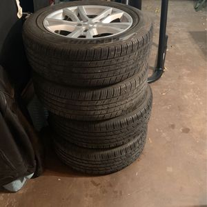 2015 Stock Camaro Wheels and Tires for Sale in San Angelo, TX