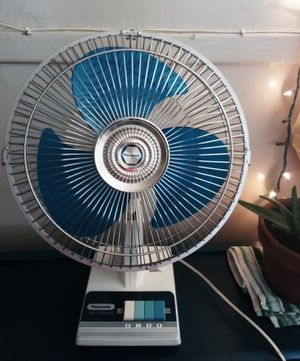VINTAGE PANASONIC DESK FAN for Sale in Modesto, CA