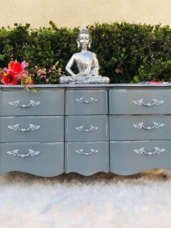 "Dresser / Vanity in ""Shabby Chic"" (Solid Wood) - Delivery Available for Sale in Miami,  FL"