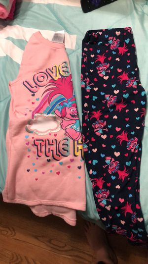 Size 6 trolls outfit for Sale in Villa Park, IL