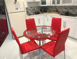 DINING SET 4 CHAIRS. BRAND NEW for Sale in Miami, FL