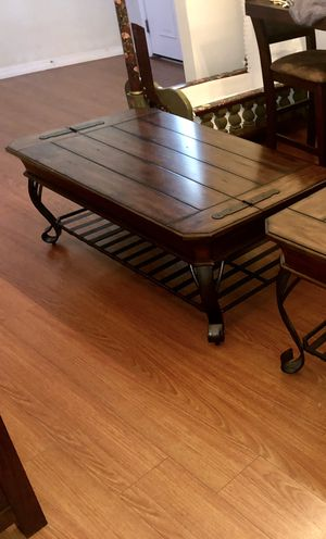 Stunning coffee table for Sale in Palm Harbor, FL