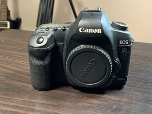 Canon 5D Mark II for Sale in Providence, RI