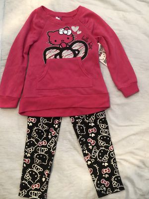 $10 2pc Hello Kitty size 4t for Sale in Waxahachie, TX